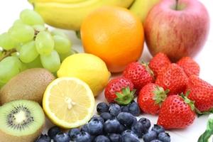 果物に助けられる